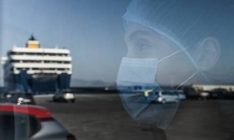 Κορονοϊός: Οι αυξήσεις φέρνουν προβληματισμό ενόψει Σεπτεμβρίου – Δωρέαν self-test στους αδειούχους