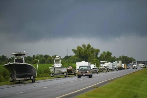 ΗΠΑ: Ο τυφώνας Άιντα αναμένεται να πλήξει σήμερα τη Λουιζιάνα