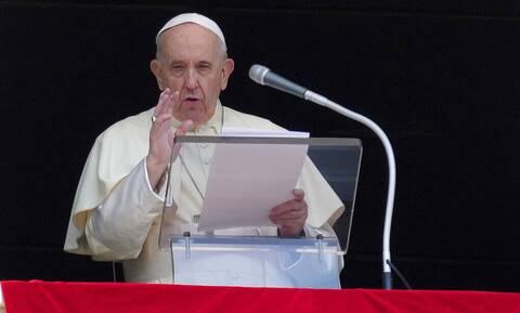 Πάπας Φραγκίσκος: Οι νοσοκόμοι μου έσωσαν τη ζωή