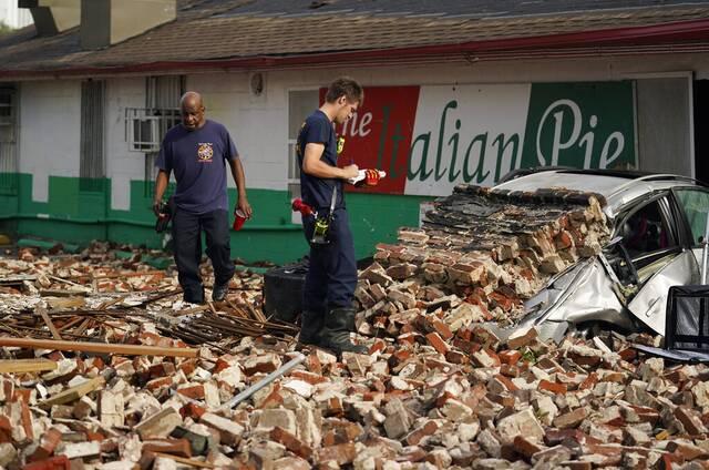Τεράστιες οι καταστροφές που άφησε πίσω του ο σαρωτικός τυφώνας Άιντα | AP