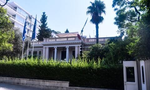Ανασχηματισμός: Η ανακοίνωση του Μαξίμου για τον Αποστολάκη - «Δείλιασε στις απειλές του ΣΥΡΙΖΑ»
