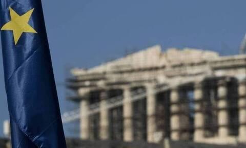 Διπλή έξοδος στις αγορές για την άντληση έως 3,5 δισ. ευρώ