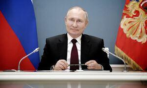 Путин согласился с предложением ввести дополнительный к школьному курс истории