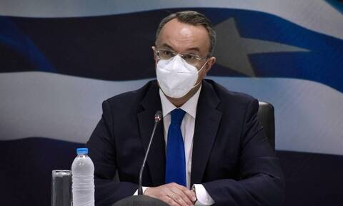 Ικανοποιημένος από την νέα έξοδο της Ελλάδος στις αγορές o υπουργός Οικονομικών Χρήστος Σταϊκούρας,