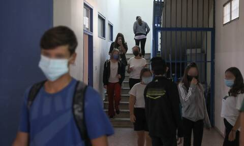 Κορονοϊός – Σχολεία: Πότε θα κλείνουν - Ποιοι θα μπαίνουν σε καραντίνα σε περίπτωση κρούσματος