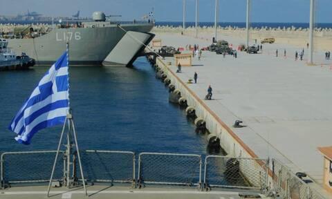 Ένοπλες Δυνάμεις: «Απόβαση» στην Αίγυπτο! Κομάντο του ΓΕΕΘΑ, μαχητικά και πλοία στην Bright Star '21