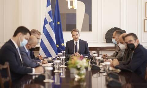 Μίκης Θεοδωράκης: Τριήμερο εθνικό πένθος κήρυξε ο Κυριάκος Μητσοτάκης