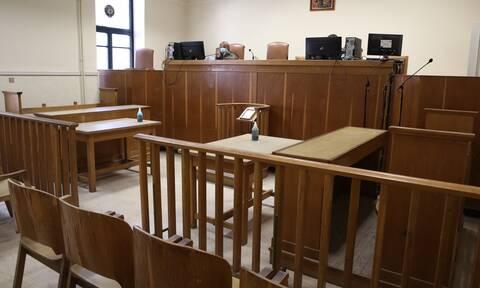 Κρήτη: Προθεσμία να απολογηθεί πήρε ο ηλικιωμένος που κατηγορείται ασέλγεια σε 6χρονη