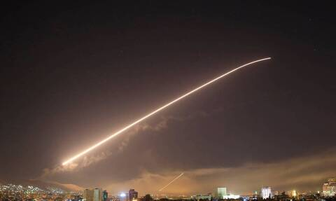 Συρία: Αεροπορική επιδρομή στη Δαμασκό - Ενεργοποιήθηκε η αεράμυνα της πόλης