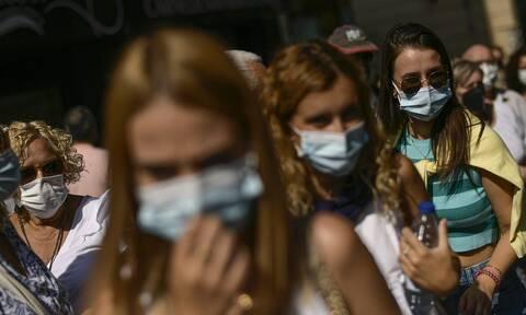 Έρευνα – Covid-19: Η χρήση μάσκας μειώνει σημαντικά το ενδεχόμενο λοίμωξης με συμπτώματα