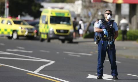 «Έχει μαχαίρι!»: Βίντεο από την τρομοκρατική επίθεση του ισλαμιστή στη Νέα Ζηλανδία