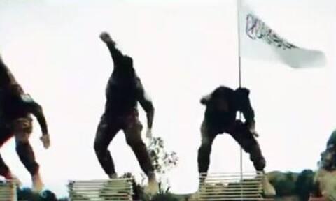 Βίντεο: Επίδειξη γιλέκων αυτοκτονίας και…πολεμικών τεχνών από τους Ταλιμπάν