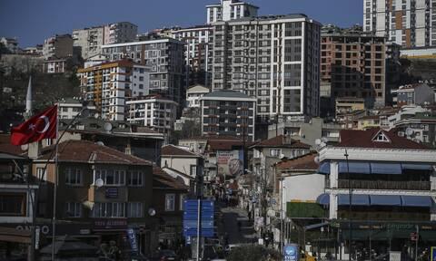 Τουρκία: Κορυφώνεται η οργή των πολιτών για τους εξευτελιστικούς μισθούς και τα «τσουχτερά» ενοίκια