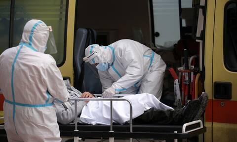 Νέες περιπτώσεις αντιεμβολιαστών που δεν θέλουν να διασωληνωθούν – Απειλές σε γιατρούς