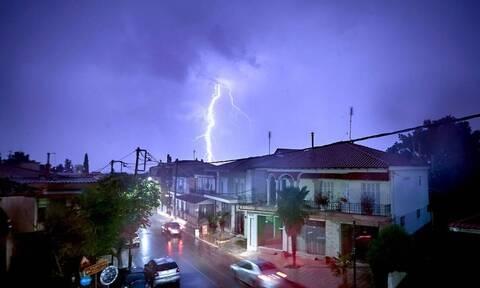 Καιρός: Βροχές και καταιγίδες σήμερα (05/09) - Σε ποιες περιοχές θα «χτυπήσει» η κακοκαιρία