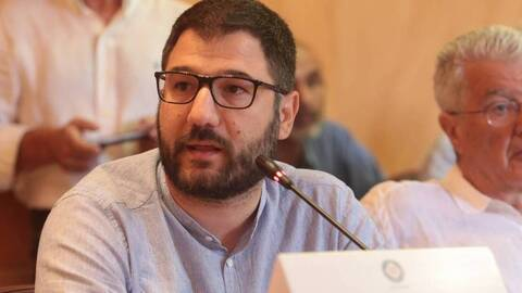 Ηλιόπουλος: «Ο κ. Μητσοτάκης οφείλει να διαγράψει άμεσα τον Γιάννη Καλλιάνο»