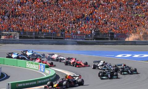 Formula 1: «Αφεντικό» στο σπίτι του ο Μαξ Φερστάπεν! Θριάμβευσε κι αποθεώθηκε στην Ολλανδία