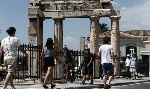 Greece registers 1.291 new coronavirus infections on Sunday, 43 deaths, 381 on ventilators