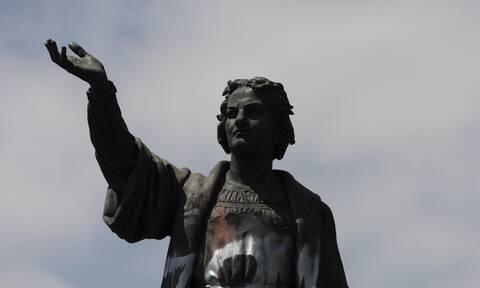 Μεξικό: Κατεβάζουν διάσημο άγαλμα του Κολόμβου στην πρωτεύουσα και βάζουν προτομή αυτόχθονης