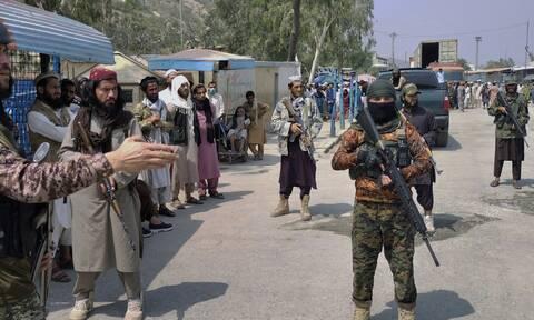 Κομισιόν: Η ΕΕ θα κρίνει τη νέα αφγανική κυβέρνηση βάσει πράξεων