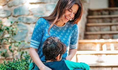 Κατερίνα Παπουτσάκη: Αυτή τη φωτογραφία με τους γιους της αξίζει να τη δείτε