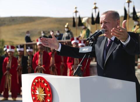 Προκλητικός Ερντογάν: Ή θα πάρω το Βυζάντιο, ή το Βυζάντιο θα πάρει εμένα