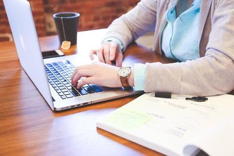 ΟΑΕΔ: Από σήμερα (7/9) οι αιτήσεις του προγράμματος στο ψηφιακό μάρκετινγκ