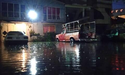 Μεξικό: Πλημμύρισε νοσοκομείο από τις καταρρακτώδεις βροχές - Τουλάχιστον 16 νεκροί ασθενείς