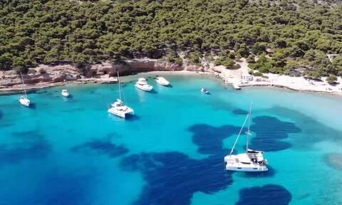 Το μοναδικό νησί του Σαρωνικού με τους ιδιαίτερους «κατοίκους» (video)