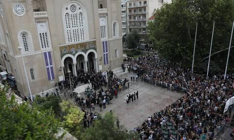 Μίκης Θεοδωράκης: Ο πολιτικός και ο καλλιτεχνικός κόσμος αποχαιρέτησαν τον σπουδαίο μουσουργό