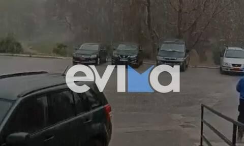 Βόρεια Εύβοια: Ισχυρή βροχόπτωση τώρα στο Μαντούδι