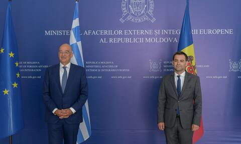 Δένδιας: Η Ελλάδα θα στηρίξει την ευρωπαϊκή προοπτική της Μολδαβίας