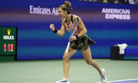 Θρίαμβος για τη Σάκκαρη - «Ισοπέδωσε» την Πλίσκοβα και προκρίθηκε στα ημιτελικά του US Open