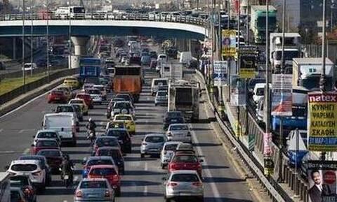 Κίνηση ΤΩΡΑ: Προβλήματα στον Κηφισό – Κλείνει το κέντρο της Αθήνας στις 11 – Δείτε χάρτη