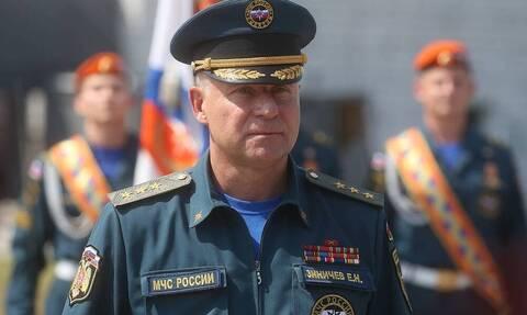 Путин присвоил главе МЧС звание Героя России посмертно