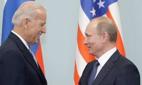 Источник: РФ не подтверждает факт начала обсуждения с США подготовки встречи президентов