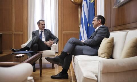 Ανάλυση Newsbomb.gr - Έρευνα Prorata: Γιατί η αντιπάθεια προς τους πολιτικούς χτυπάει κόκκινο;