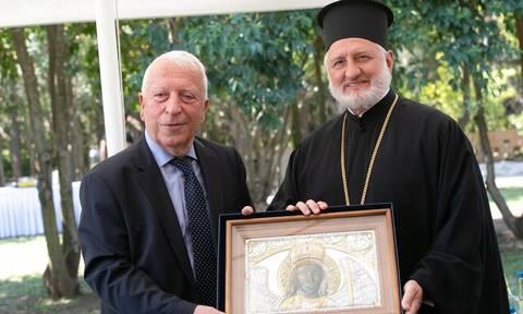 Αρχιεπίσκοπος Αμερικής Ελπιδοφόρος: Τιμήθηκε από την Περιφέρεια Βορείου Αιγαίου