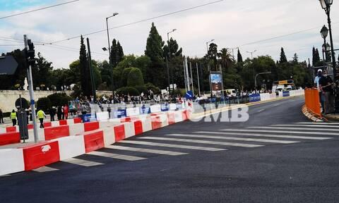 Ράλι Ακρόπολις 2021: Δείτε LIVE την εκκίνηση του αγώνα με την ειδική διαδρομή στην Αθήνα