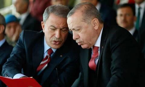 «Ζορίζονται» Ερντογάν και Ακάρ: Διέγραψαν από το λεξιλόγιό του τη λέξη «Αιγαίο» - Πώς το αποκαλούν