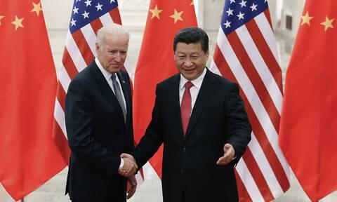 ΗΠΑ - Κίνα: Πρώτη συνομιλία των προέδρων Τζο Μπάιντεν και Σι Τζινπίνγκ μετά από 7 μήνες