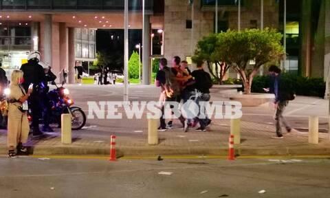 ΔΕΘ 2021: Προσαγωγές από την Αστυνομία - Σκληρές συγκρούσεις διαδηλωτών με δυνάμεις των ΜΑΤ