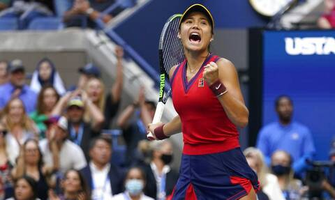 US Open: Θρίαμβος της 18χρονης Ραντουκάνου – Κατέκτησε τον τίτλο χωρίς να χάσει σετ!
