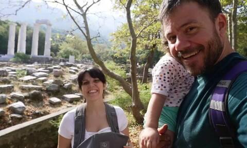 Ευτύχης Μπλέτσας: Δείτε πώς φωτογράφισε τη σύζυγο και τις κόρες του