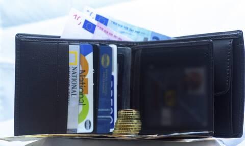 Ακρίβεια: Αδειάζουν τα πορτοφόλια από αρχές του μήνα – Ο δύσκολος χειμώνας και το σχέδιο Μητσοτάκη