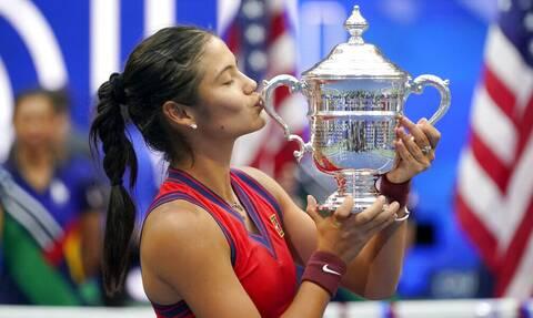 US Open: Η Βασίλισσα Ελισάβετ «υποκλίθηκε» στην Έμμα Ραντουκάνου