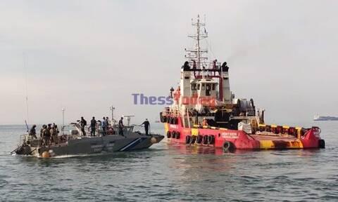 ΔΕΘ 2021: Εντυπωσιακή άσκηση του Λιμενικού για ανακατάληψη πλοίου έπειτα από τρομοκρατική επίθεση
