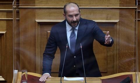 Δημήτρης Τζανακόπουλος: Η κυβέρνηση πέταξε λευκή πετσέτα στην αντιμετώπιση της πανδημίας