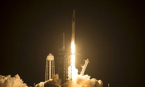 SpaceX: Έτοιμη η πρώτη διαστημική αποστολή με πολίτες – Ανάμεσά τους και ένας δισεκατομμυριούχος
