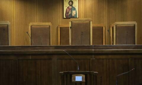 Νέα μέτρα: Πώς θα λειτουργούν δικαστήρια, υποθηκοφυλάκεια και κτηματολογικά γραφεία